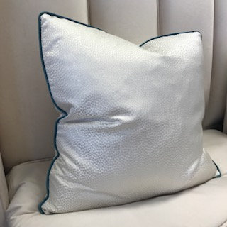 WHITE SMALL CROC WITH TEAL PIPING 55x55cm