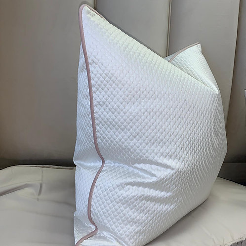 WHITE KAI WITH BABY PINK PIPING 55x55cm