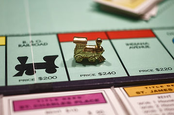 Play 20 Dreams competitively just like a game of monopoly