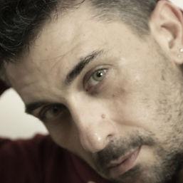 Dado Martino, attore, regista. Benvenutinel mio sito. qui potrai vedere i miei video, i miei spettacoli e i mei film. inoltre potrai acquistare i miei libri ed ascoltare le mie poesie