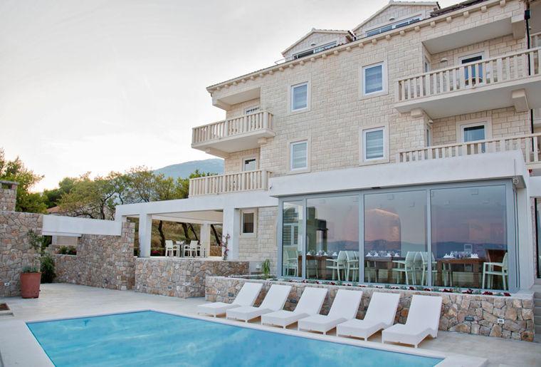 Villa Dalmatina Bol 12.jpg