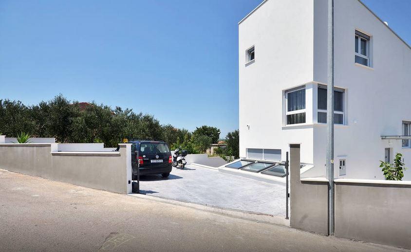 Leona villa.27.JPG