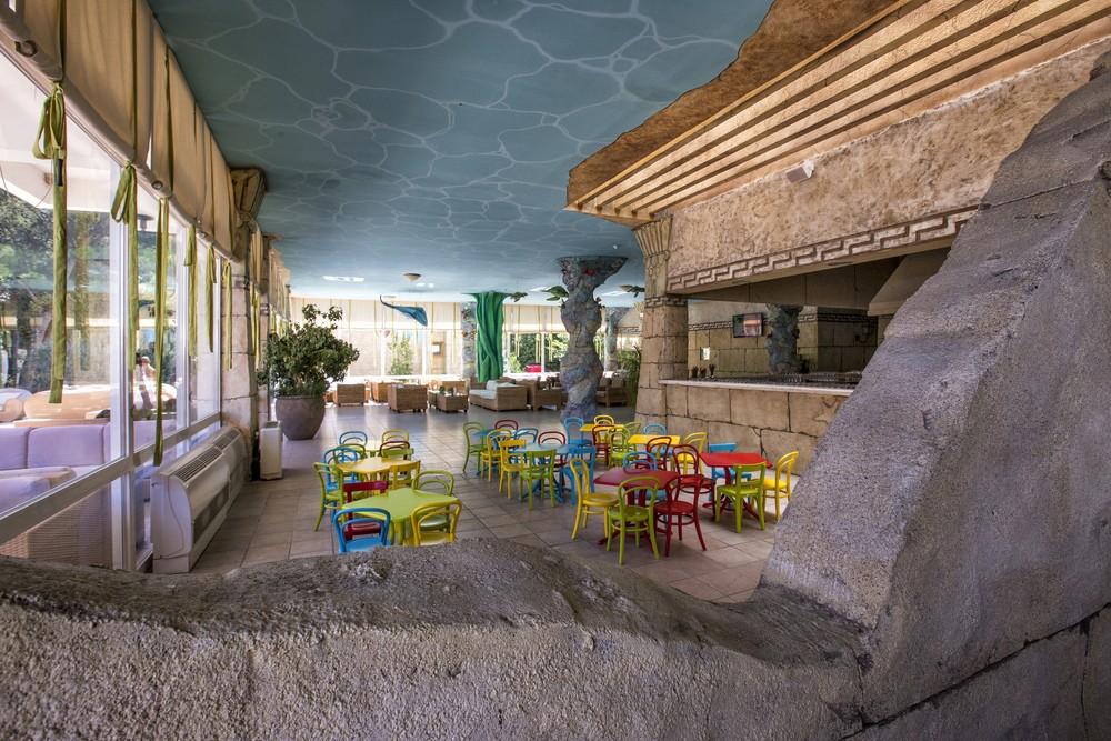hotelandrijasolaris.2.jpg