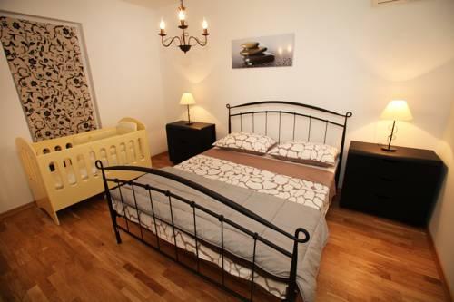Appartements Delta Trogir 17.jpg