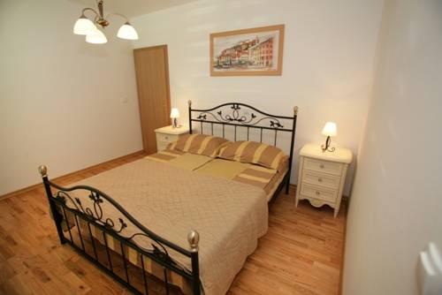 Appartements Delta Trogir 8.jpg