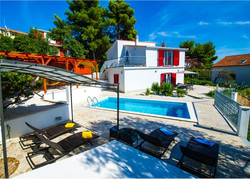 Bellavista villa.jpg