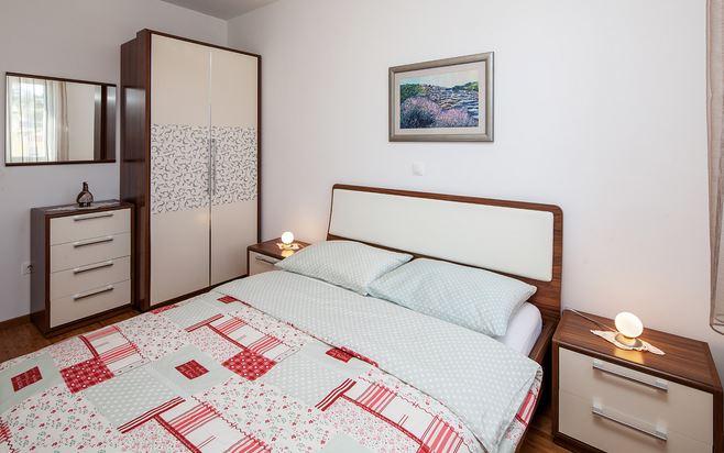 Tihana villa19.JPG