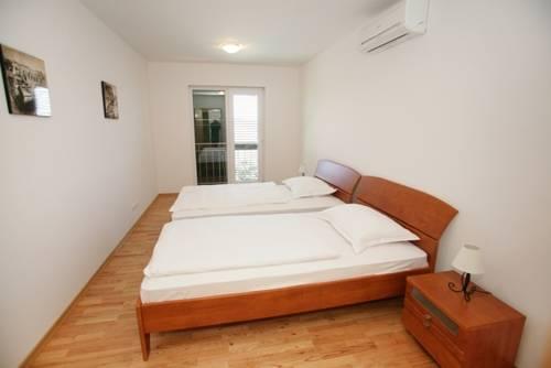 Appartements Delta Trogir 9.jpg