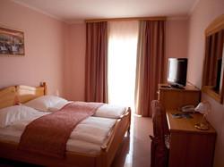 hotelmiramarevodice.10.jpg