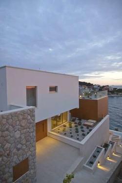 Gloss Villa.jpg