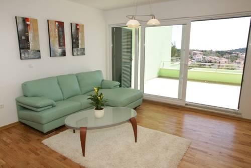 Appartements Delta Trogir 5.jpg