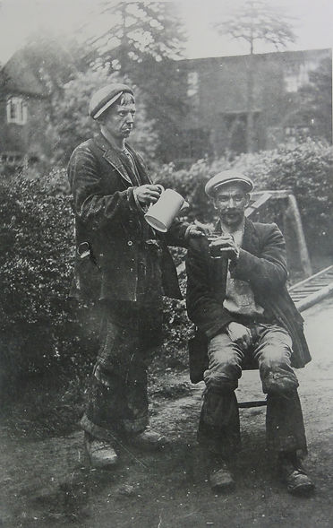 Coleorton 2 Miners.jpg