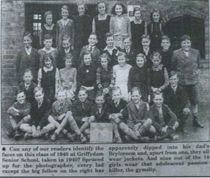 Senior School Photo 1940.jpg