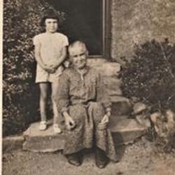 Sarah Darby & Granddaughter