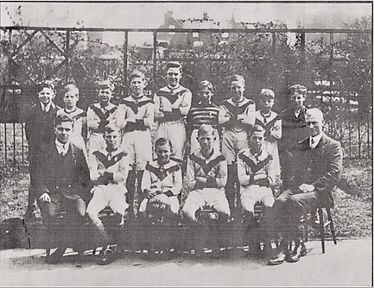 Football Team 1928 - Senior School.jpg