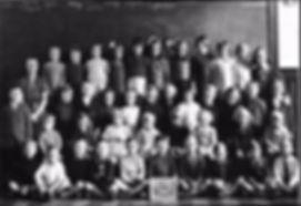 Primary School Photo 1940.jpg