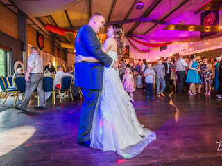 Summer Wedding At Lancaster Brewery Hosted by Andy Richardson