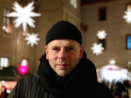 Hinter dem DJ-Pult sieht die Welt ganz anders aus - Im Gespräch mit DJ RON
