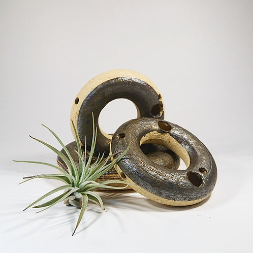 Ceramic Works - Airia Donut Dark Reg