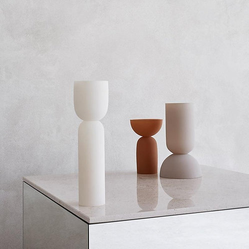 Minimal vase