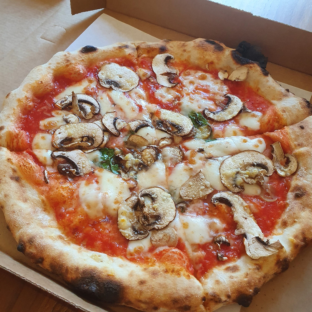 Mushroom, Garlic and Parmesan Pizza
