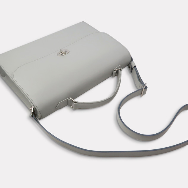 leatherbag0008g.JPG