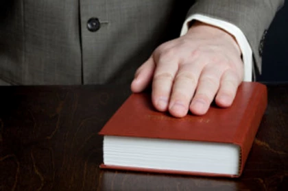 Clarity, Character, and Composure: The 3 C's of Expert Witness Etiquette