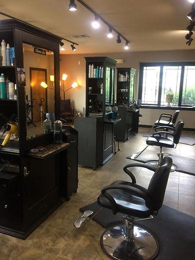 Salon - work station_edited.jpg