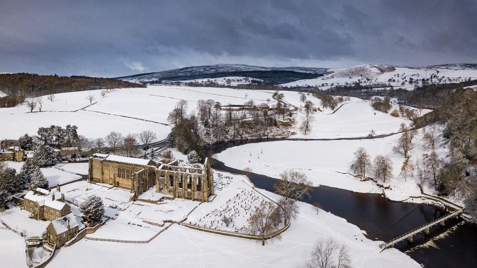 Bolton Abbey Snow