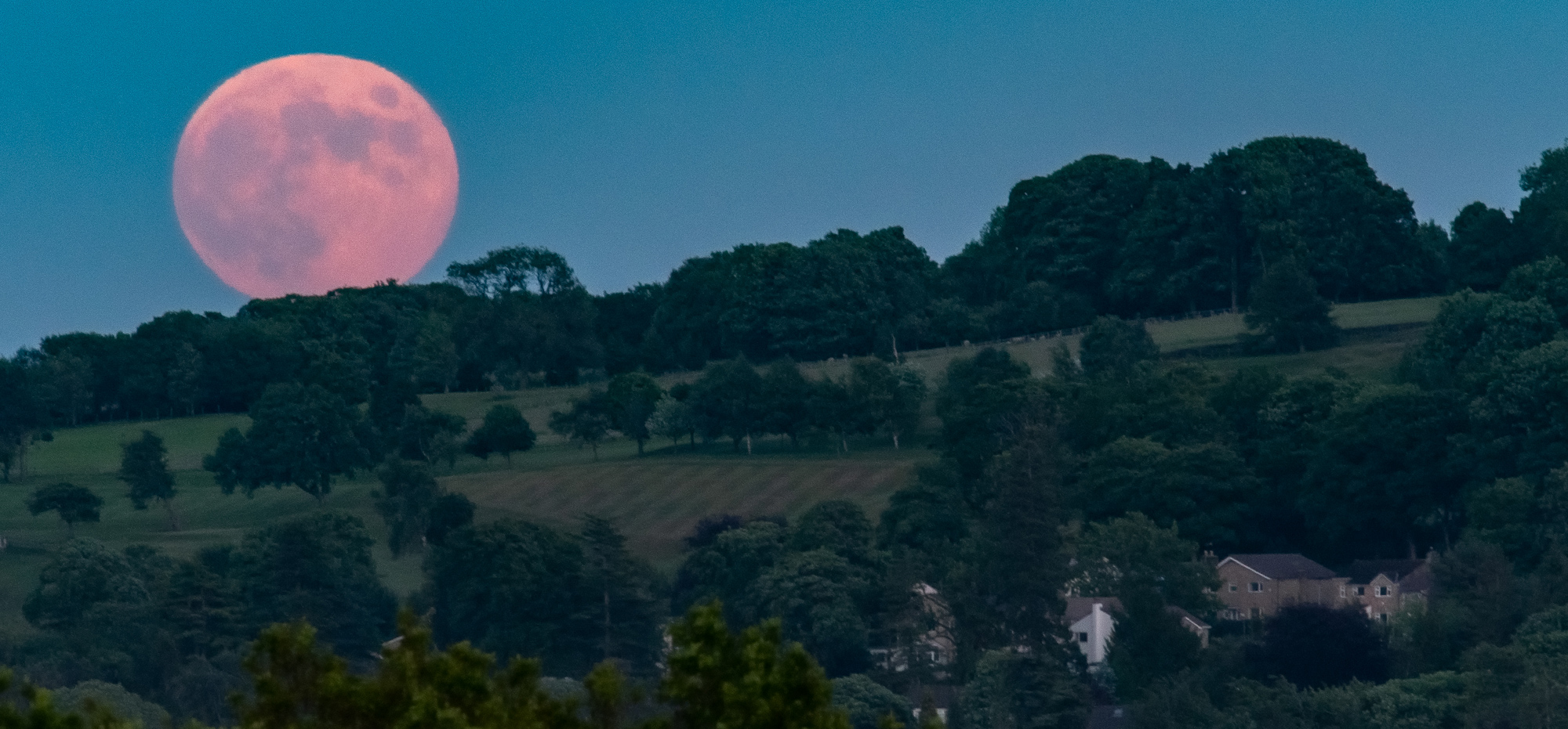 2000x931-Ilkley-Full-Moon-June-2020