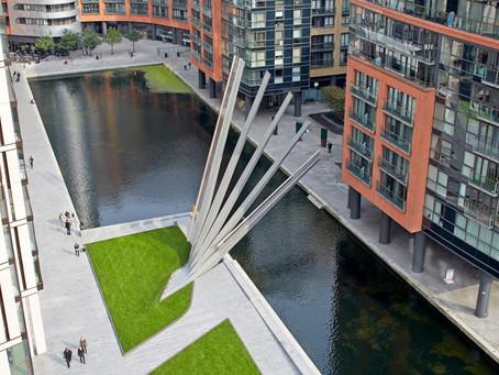 Conheça os projetos de Canais Urbanos mais interessantes do mundo: Merchant Square Footbridge