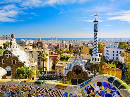 Moradores de Barcelona são incentivados a reocupar pontos turísticos da cidade