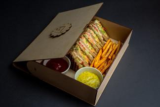 club sandwich 4.jpg