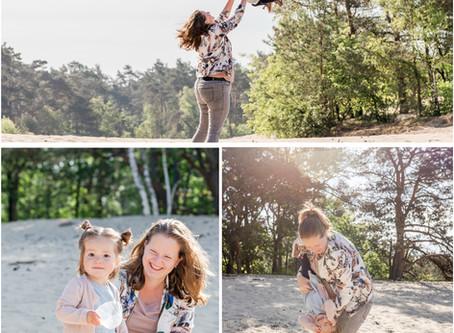 Moeder-dochter fotoshoot op de Zandverstuiving 't Harde