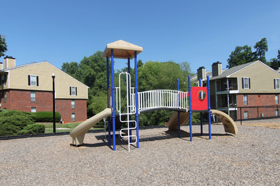 images-gallery-08-playground-555x370