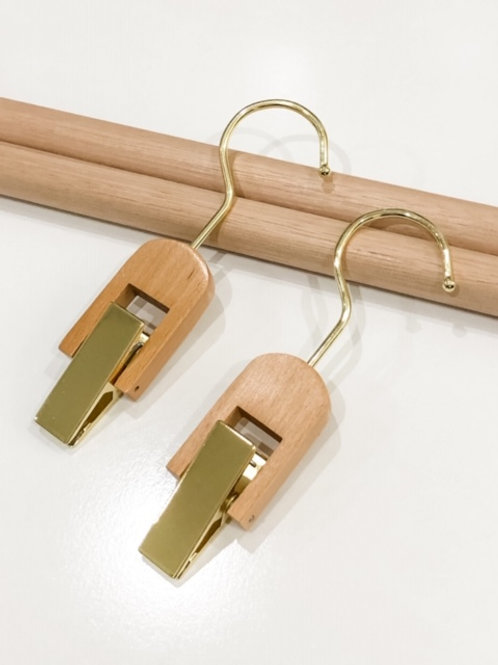 The Clip Hanger (2 pieces)