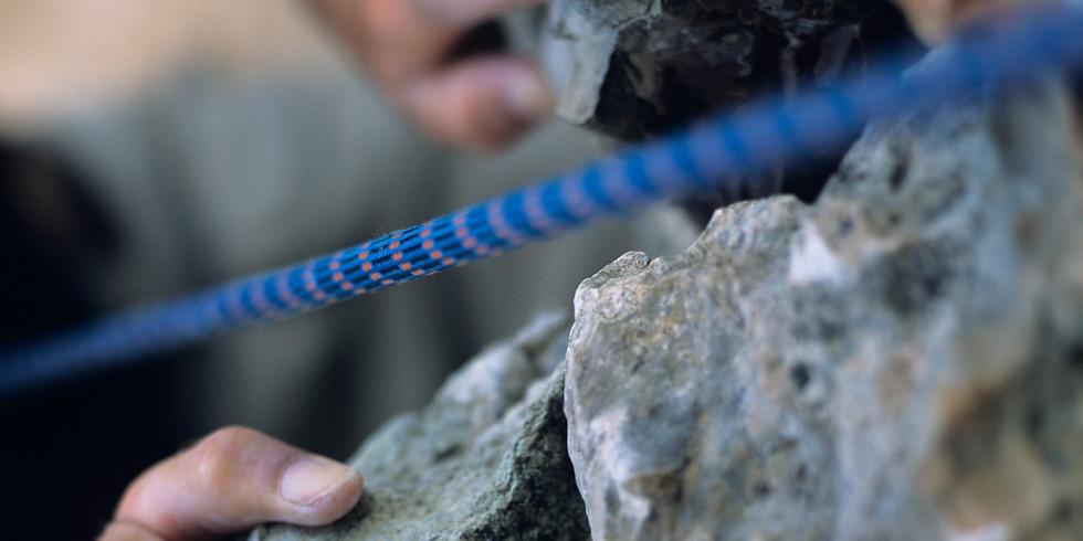 Make a Paracord Survival Bracelet