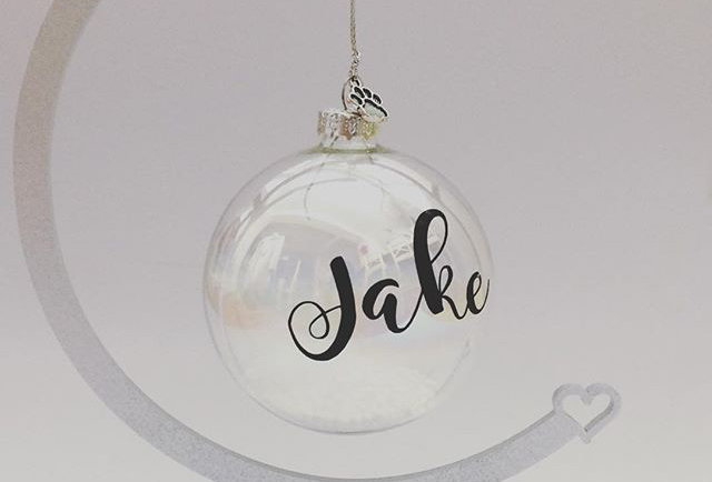 Metallic Painted Bauble Stand