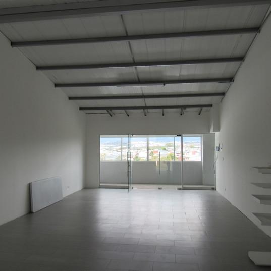 oficina espacio abierto.jpg