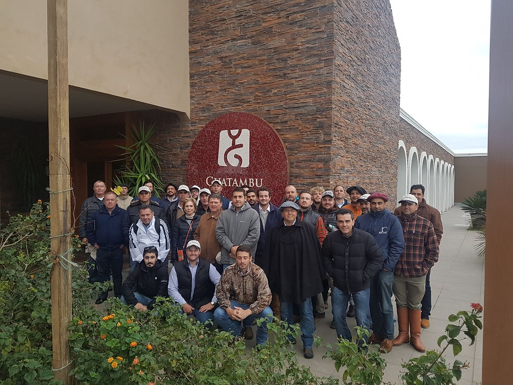 Grupo em visita a Guatambu em Dom Pedrito