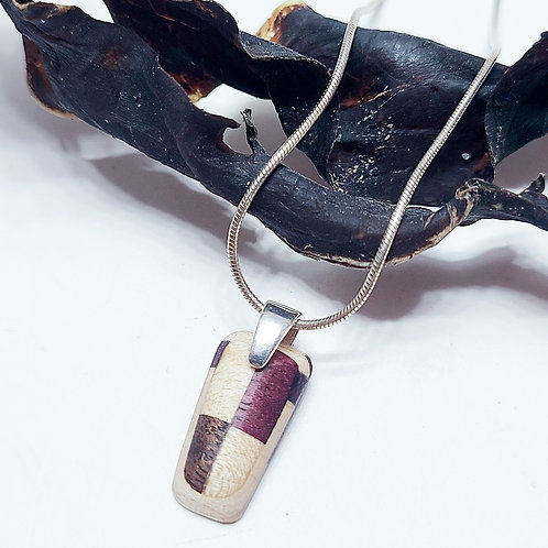 Necklace with tiny pendant