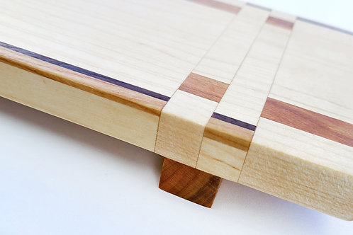 Long Serving Board with Feet