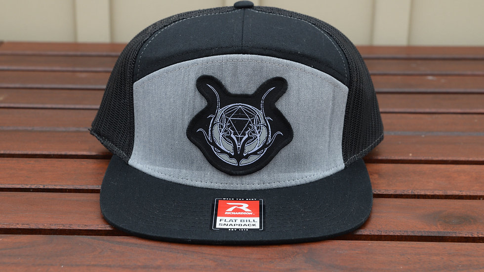 Logo Patch Hat - Grey/Black 5-panel