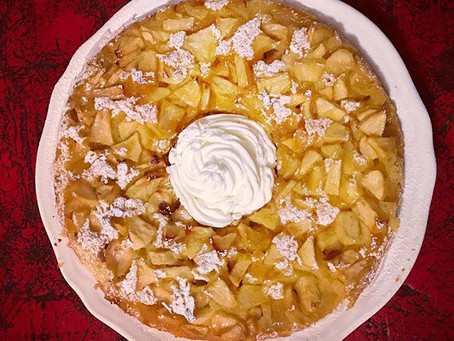 Very apple cake ! For apple lovers.. there is nothing best then  apple cinnamon and cream !