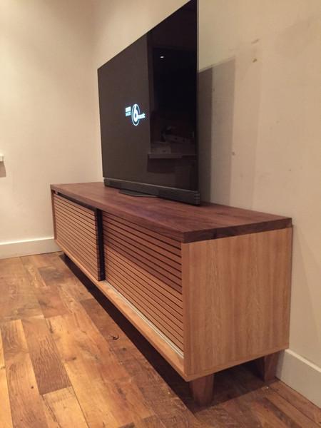 tv console unit