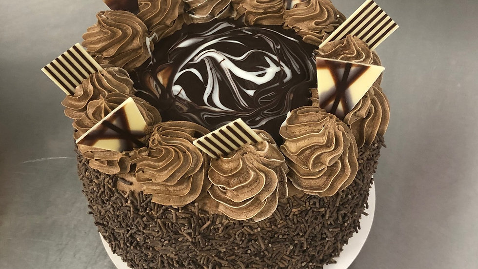 Deluxe Chocolate Gateaux