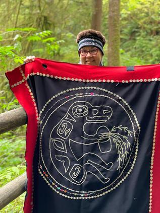 Kung Jaadee with button robe.jpg