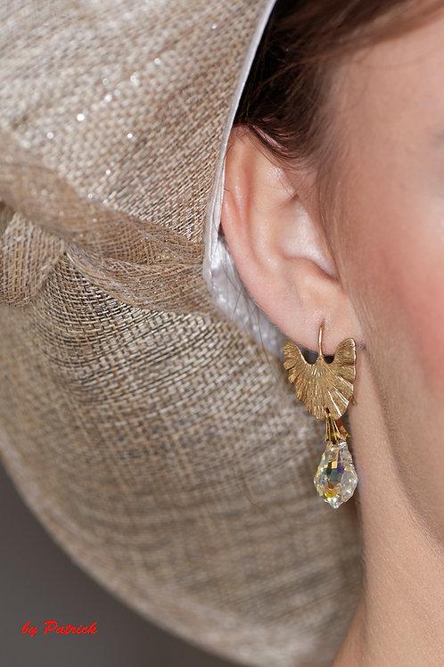 Boucle d 'oreille violon avec un pendentif baroque en Cristal