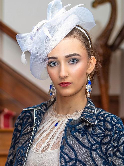 Chapeau très féminin en sisal plusieurs coloris de disponible