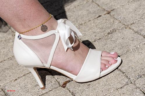 Chaussure cuir avec ruban très Elégante, ouverte ou fermé